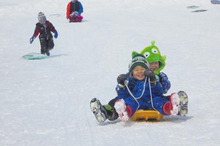 ソリ滑りinアルツ磐梯スキー場